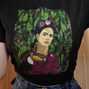 Frida Kahlo painted portrait art graphic tee-shirt